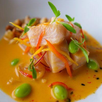 Cebiche de pez limón con leche de tigre chalaca y edamame (3)